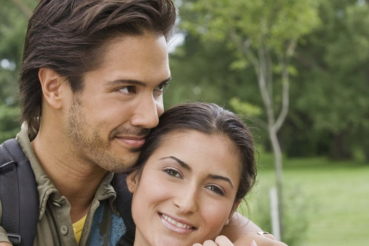 Mantengan su relación energizada con juegos románticos para parejas.