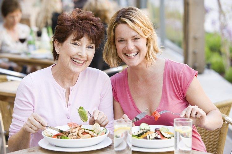 La comida que se sirve a los clientes es la porción comestible.