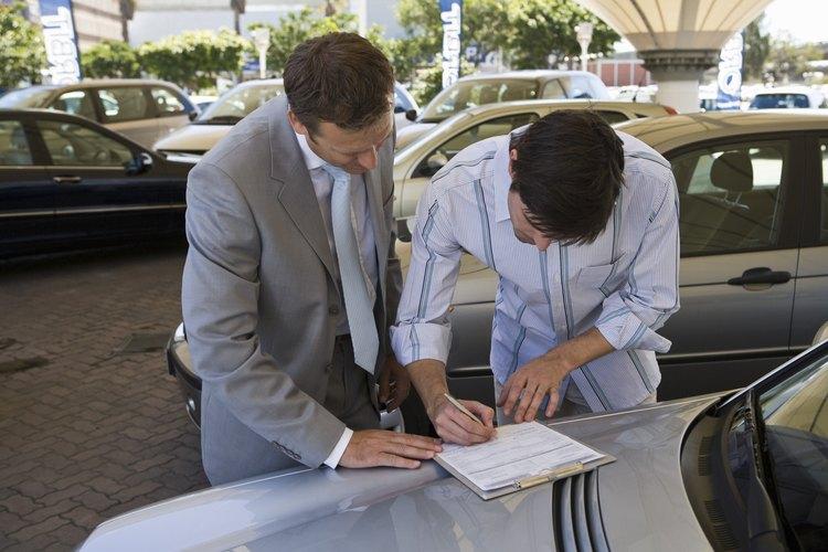 Para evitar confusiones, lee bien el contrato antes de firmarlo.