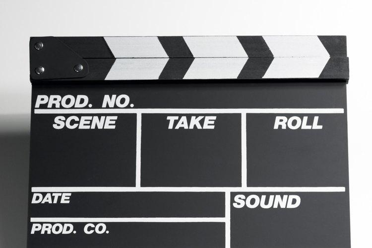 Los géneros de película incluyen tanto comedias románticas como películas de terror.