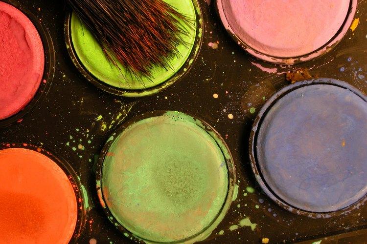 Líbrate del olor a pintura usando ventiladores.