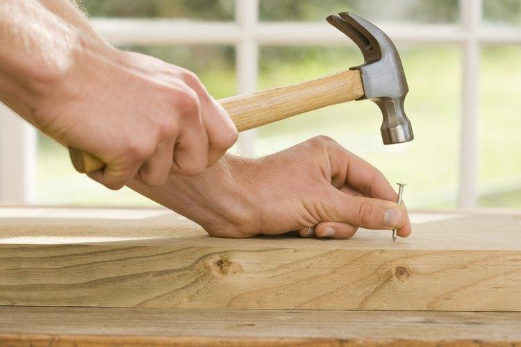 La instalación de un patio de adoquines se puede realizar en un fin de semana de trabajo duro.