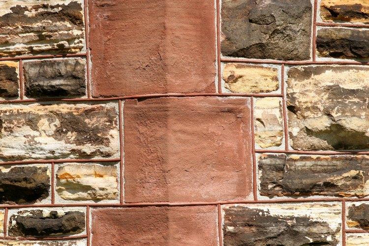 Los tonos tierra se encuentran en muchos ladrillos y piedras de construcción.