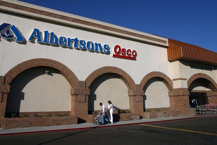 Albertsons (Albertsons.com) tiene locales en los EE.UU. y vende ventiladores de caja.