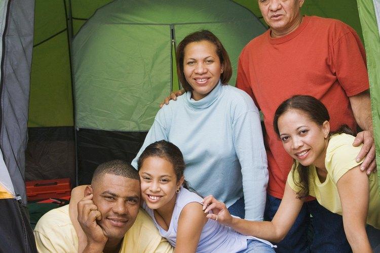Disfruta tu tiempo de familia acampando en Carnation.
