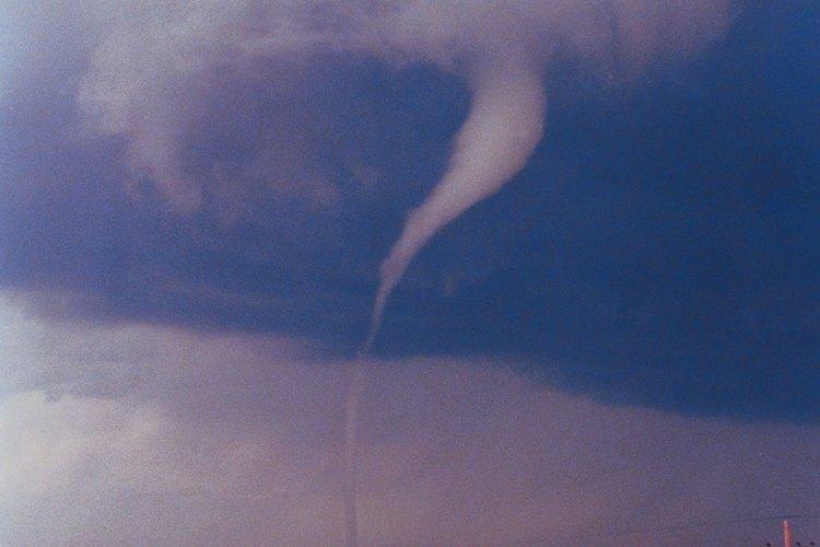 Los tornados pueden aparecer con un mínimo de advertencia.