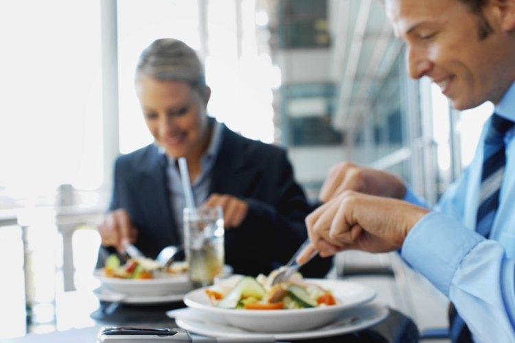 Haz una lista de premios por puntos correspondientes, como un almuerzo en una cafetería.