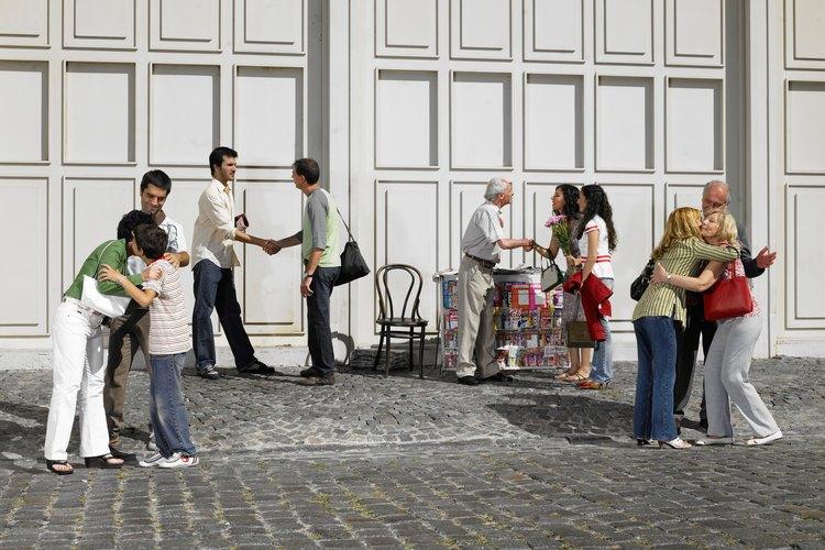 Un ciudadano activo se involucra con una comunidad en particular.
