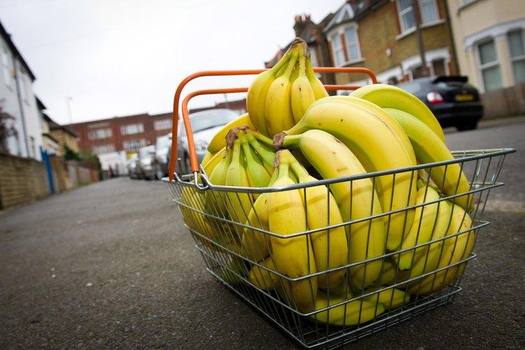 Los plátanos se pueden comer de muchas maneras, incluyendo fritos.