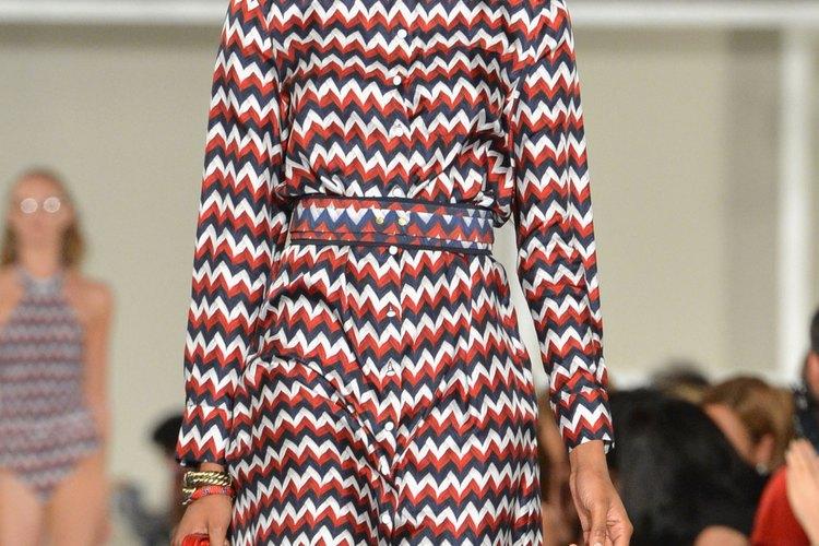 Diseño de Tommy Hilfiger con temática americana en la pasarela durante la Mercedes-Benz Fashion Week.