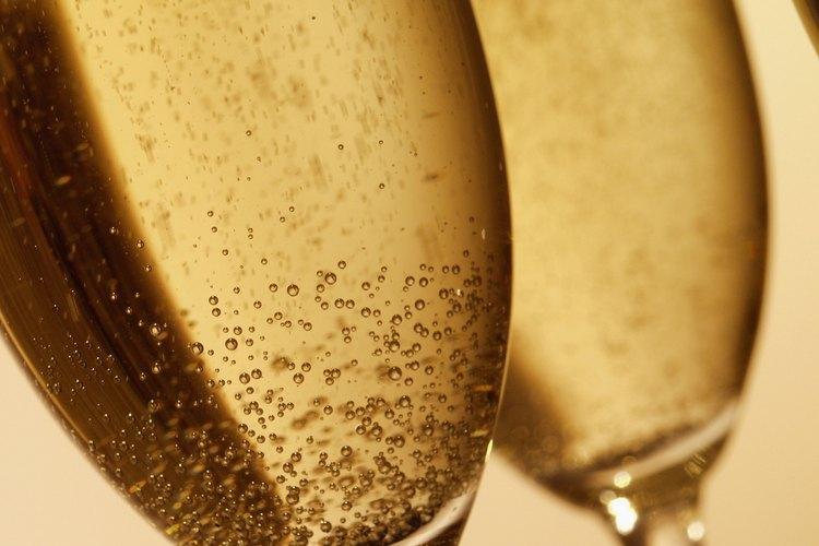 Si el vino burbujeante no es de Champagne, entonces no es champaña.