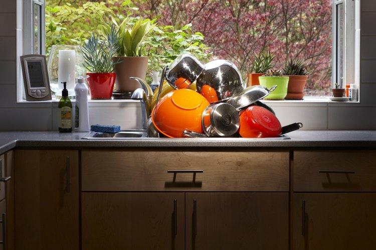 Revisa las juntas de las ventanas jardín regularmente para detectar pérdidas de agua.