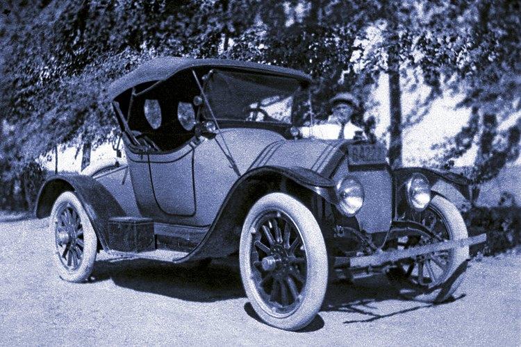 Ford fabrica autos desde hace mucho tiempo.