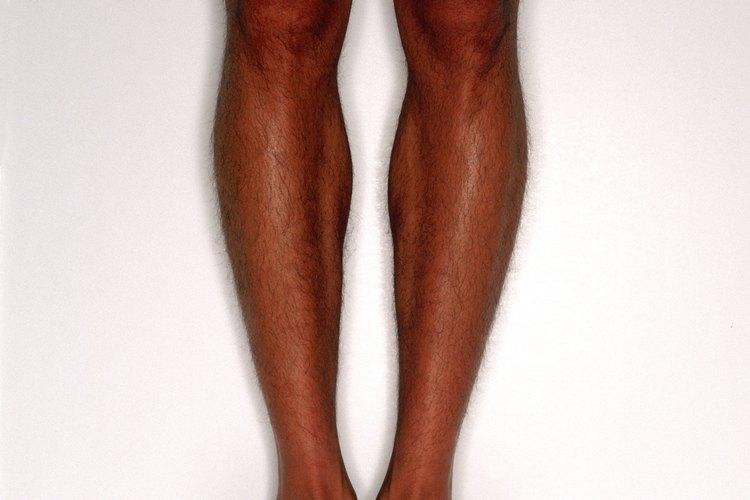 Cuida tus pies aflojando las sandalias que estén demasiado ajustadas.