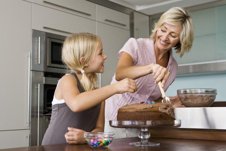 Haz un pastel que traiga recuerdos de un personaje de TV favorito.
