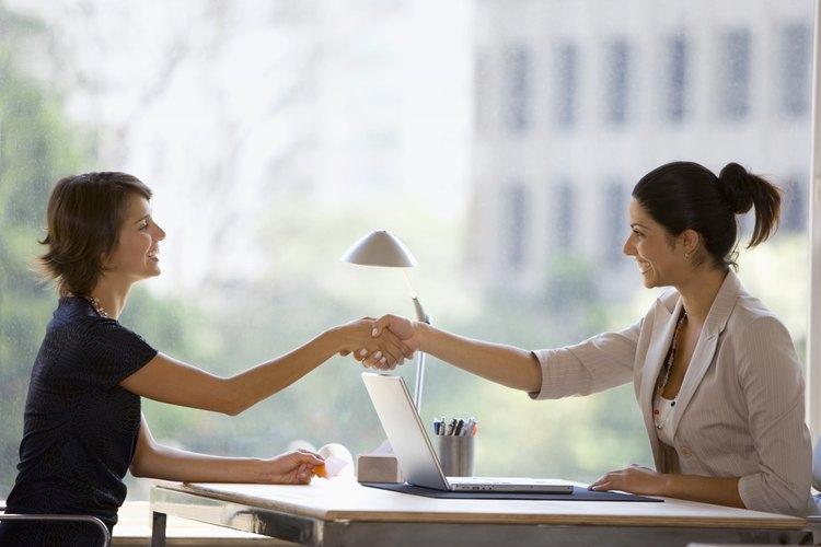 Ofrece asesoría financiera especial para mujeres.
