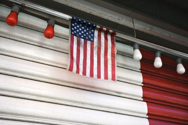 Una bandera con signos de sufrimiento no muestra nada, excepto que su dueño necesita una nueva.
