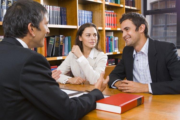 Una escritura de traspaso es un documento para la cesión de una propiedad.