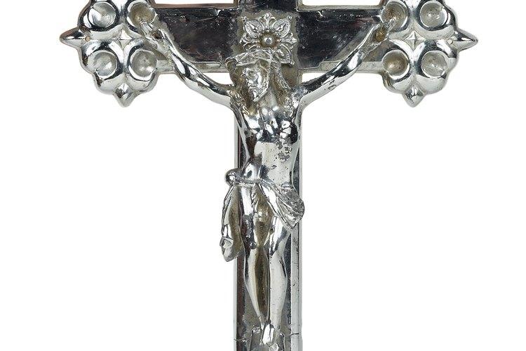 Un crucifijo es un símbolo clásico del catolicismo.