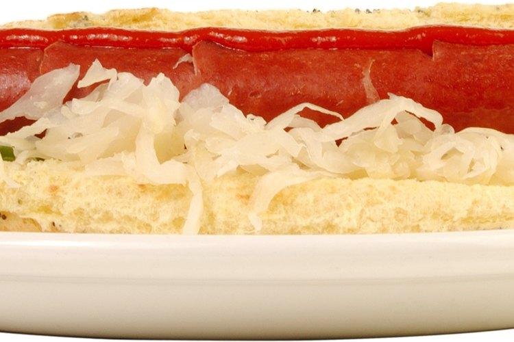 La salchicha con chucrut es una combinación clásica.