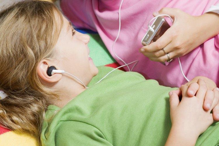 Los padres pueden controlar las actividades de sus hijos en el iPod Touch para garantizar su seguridad.