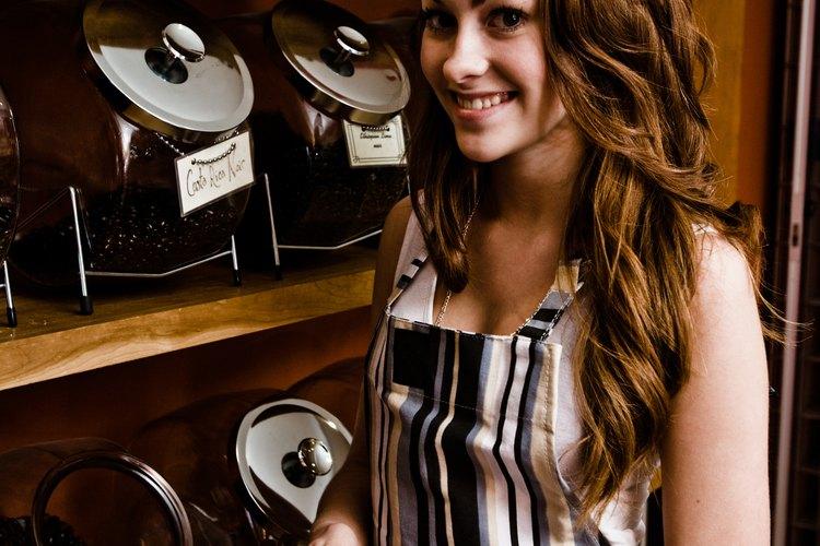 No hay requisitos específicos de educación para convertirse en un barista para la mayoría de los empleadores.