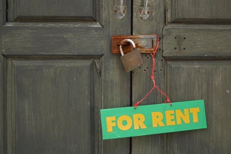 Trata de llegar a un acuerdo con el propietario antes de que él ponga tu departamento en renta.