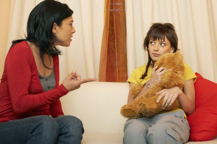 Habla con tu hijo sobre lo que esperas de su comportamiento.