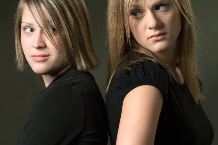 La rivalidad entre hermanos puede comenzar antes del nacimiento y extenderse a la adultez.