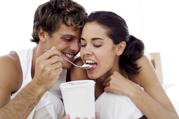 Disfruta del helado como te gusta ajustando la temperatura del congelador donde lo guardas.
