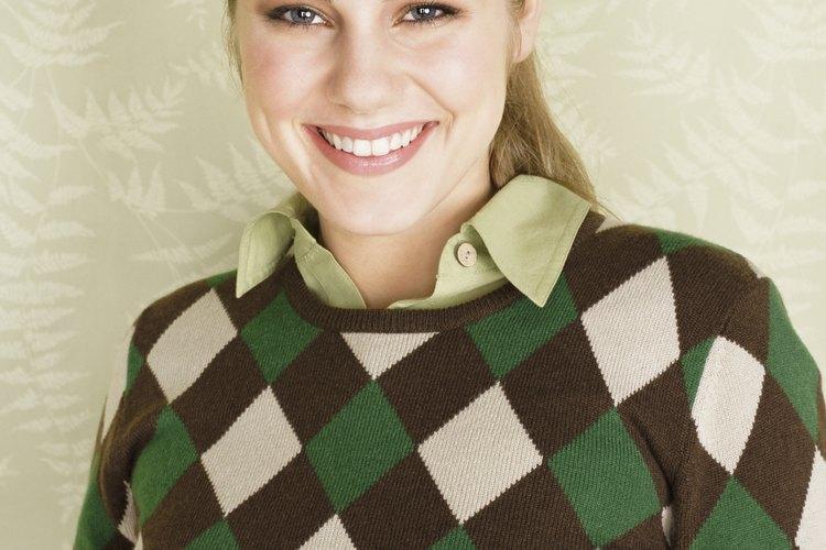 Lavarlo con cuidado puede reducir el factor de escozor de un suéter de lana.