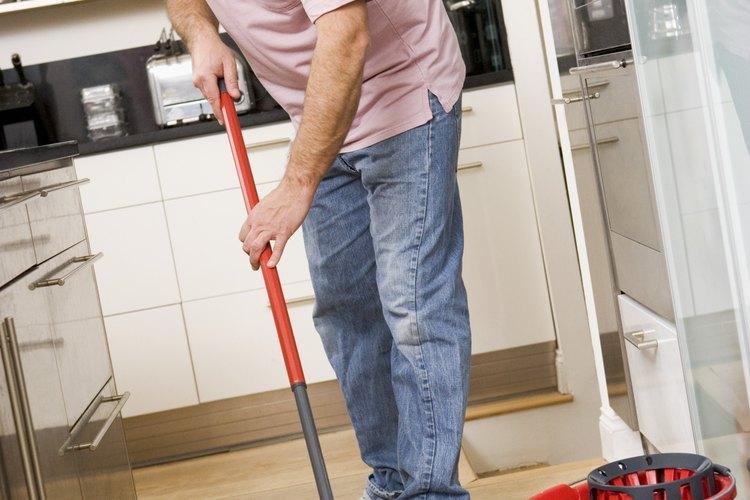 Asegura la limpieza y seguridad del hogar o lugar de trabajo al elegir el desinfectante adecuado.