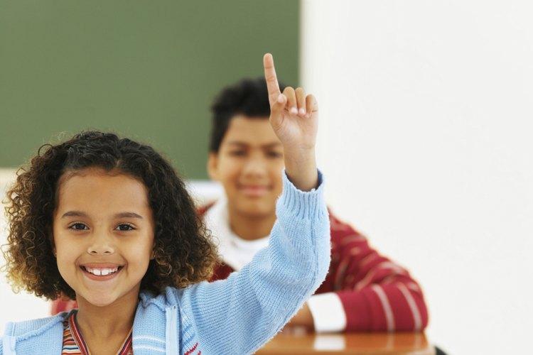 ¡A esta niña de preescolar le encanta hablar!