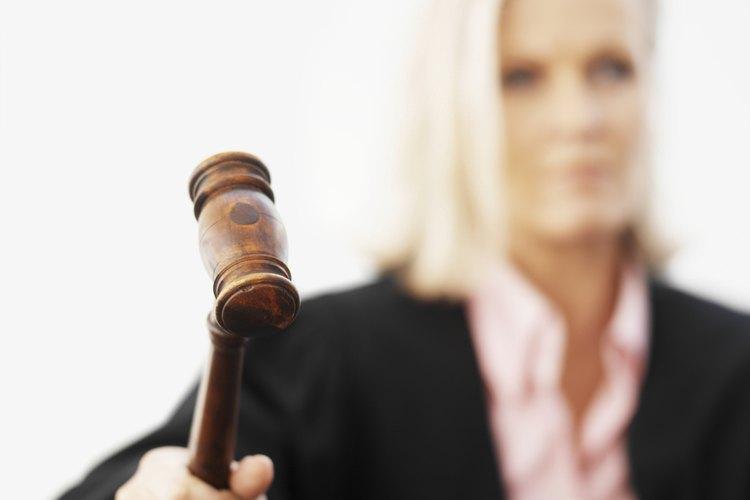 Los jueces exigen razones creíbles de por qué un padre no puede ser identificado.