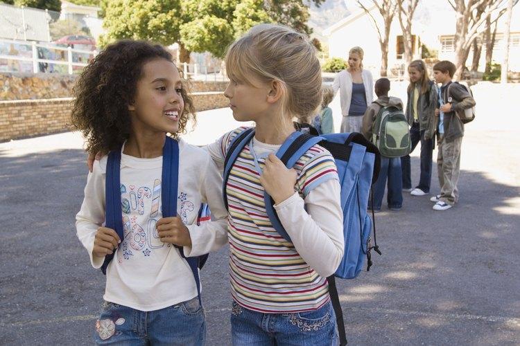 Una consciencia de las perspectivas de las otras personas puede ayudarle a un niño a llevarse bien con ellas.