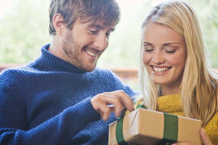 No utilices papel de regalo para niño al envolver el regalo.