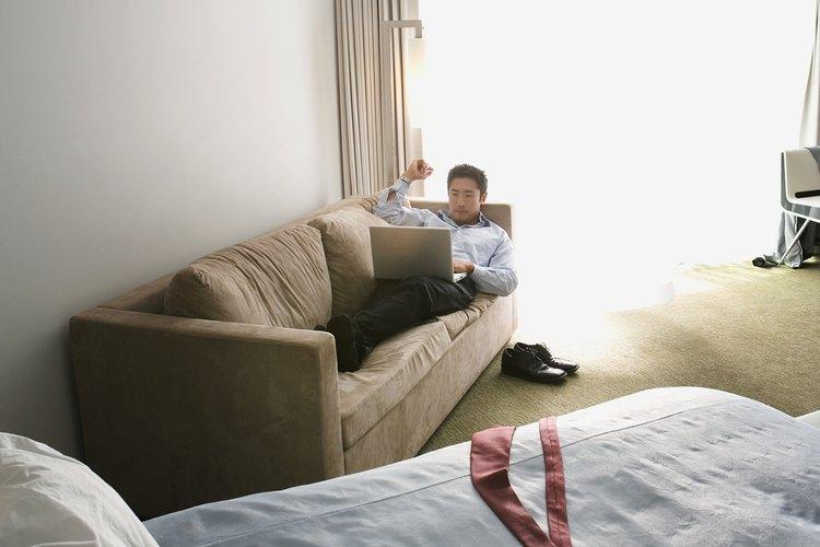 Los críticos de hoteles ofrecen sus críticas y opiniones acerca de qué hoteles son los mejores en cada ciudad.