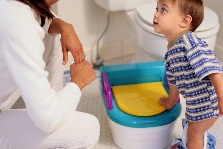 No puedes controlar el curso del entrenamiento para ir al baño, pero puedes dar apoyo y aliento.