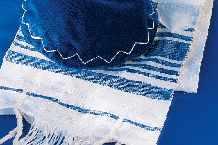 La cultura judía conserva varias tradiciones centradas en sus creencias religiosas.