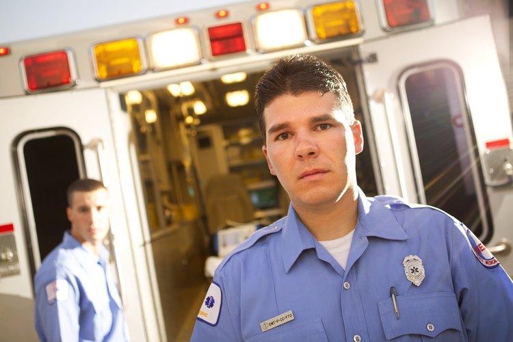Los paramédicos se pueden encontrar con peligros para su salud y seguridad cotidianamente.