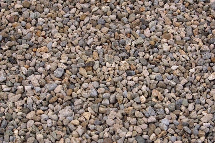 Crea una textura natural en la casa con superficies de piedra.