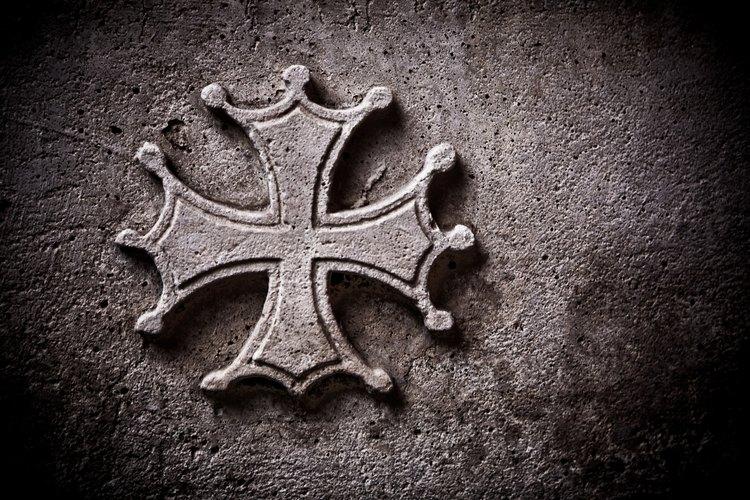 Entrevista a los miembros fundadores o a los mayores de la iglesia cuando compiles la historia de la congregación y su lugar de encuentro.