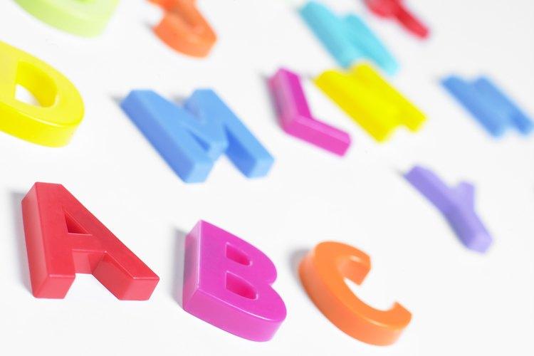 El alfabeto latino tiene orígenes que se remontan a miles de años.