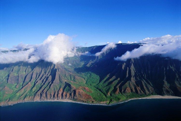 Vista aérea de la costa Napali de Kauai.