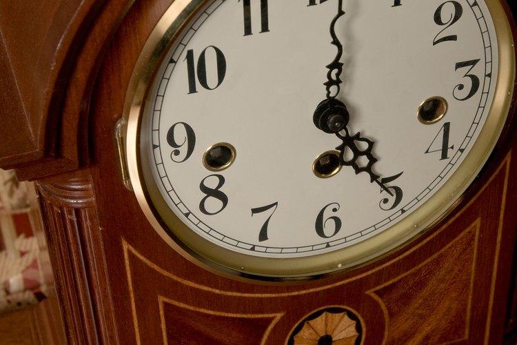 El tiempo sigue pasando siempre que le des cuerda al reloj.