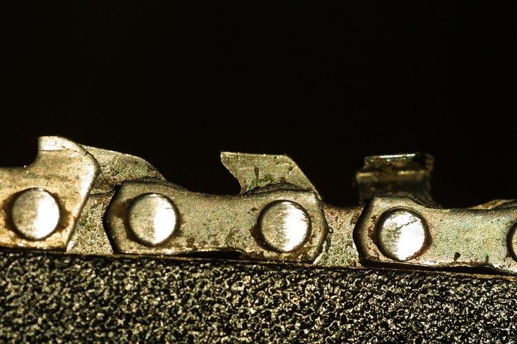 Los remaches de la cadena necesitarán ser quitados para empalmar la cadena.