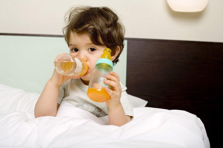Tu hijo probablemente disfrute del jugo de naranja, pero evita darle demasiado.