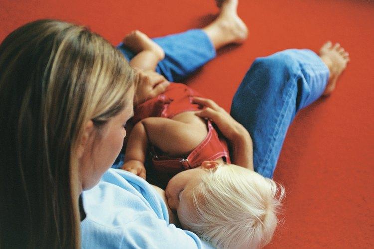 El acomodo correcto hace la lactancia más cómoda para madre y bebé.