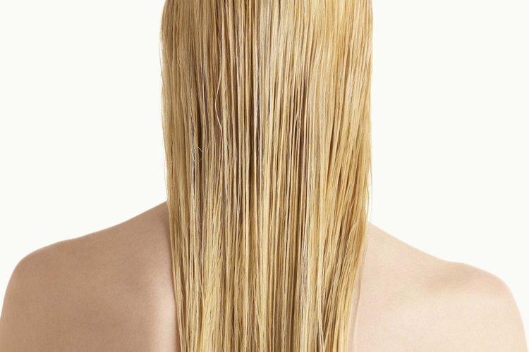 Logra un alisado perfecto de tu cabello en casa.