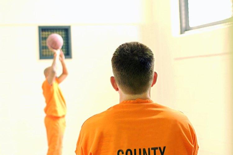 Enviar dinero a las cárceles y a los presidiarios no suele ser un proceso rápido, pero es relativamente simple.